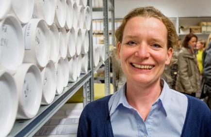 Annegreth Dietze-Schirdewahn, frsteamanuensis ved Institutt for landskapsplanlegging (ILP) og prosjektleder for arbeidet med ILPs fagsamling, under den offisielle pningen av fagsamlingen.