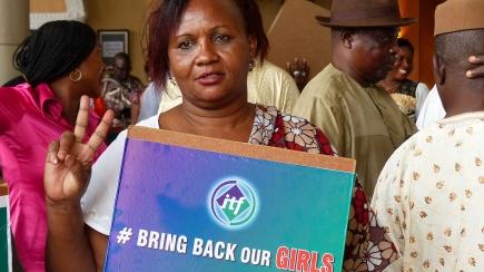International Transport Workers Federations afrikanske samarbeidspartnere i Abuja, Nigerias hovedstad, deltar i kampanjen #bringbackourgirls. Bildet er hentet fra organisasjonens Flickr-konto, og republisert her under en CC-lisens:<br />https://www.flickr.com/photos/itf/14059416309/