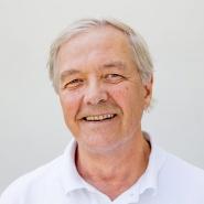 Professor Odd-Arne Olsen har ledet arbeidet med  sekvensere brdhvete ved NMBU.